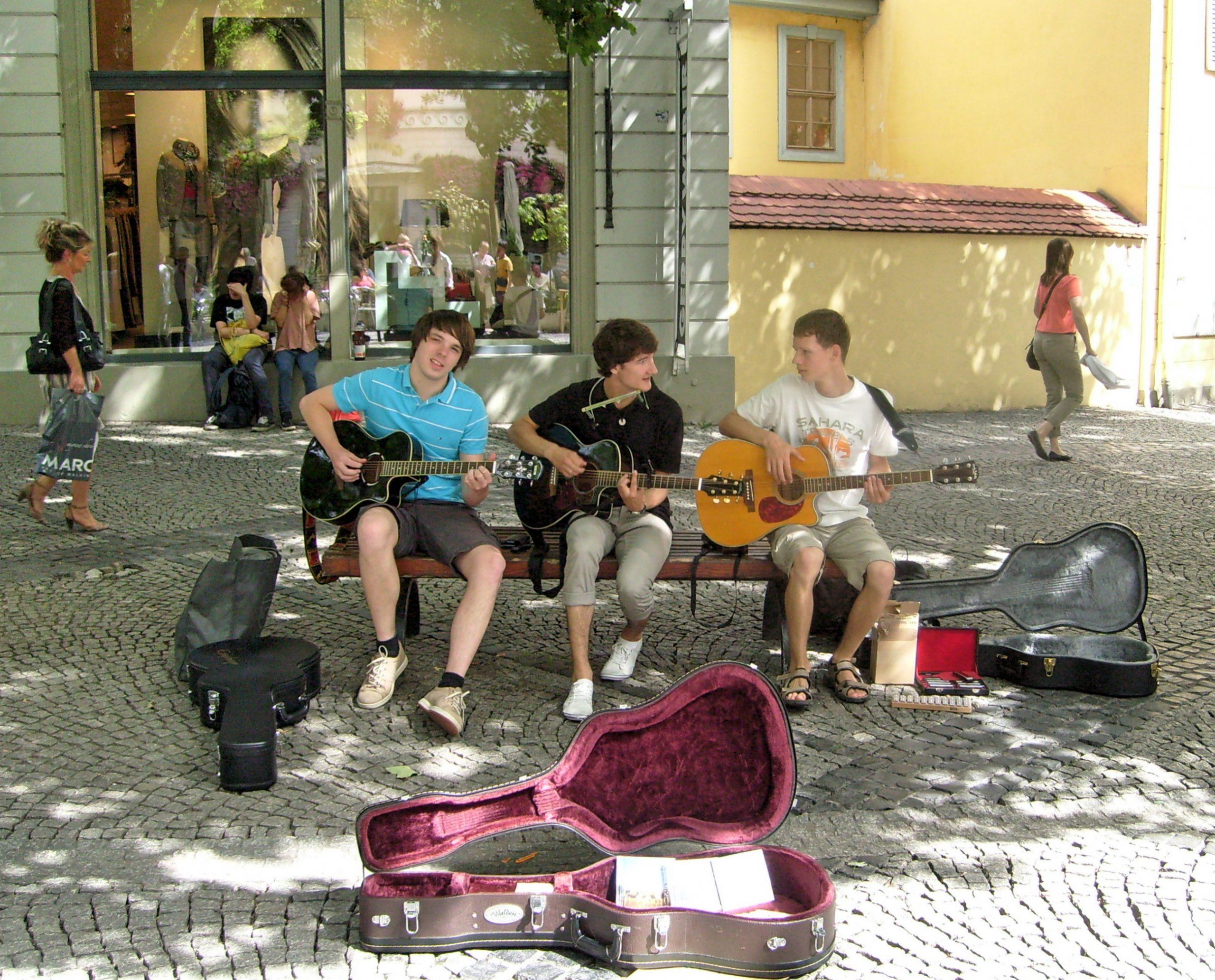Foto der Singer-Songwriter-Band Strandheizung in Weimar 2012.