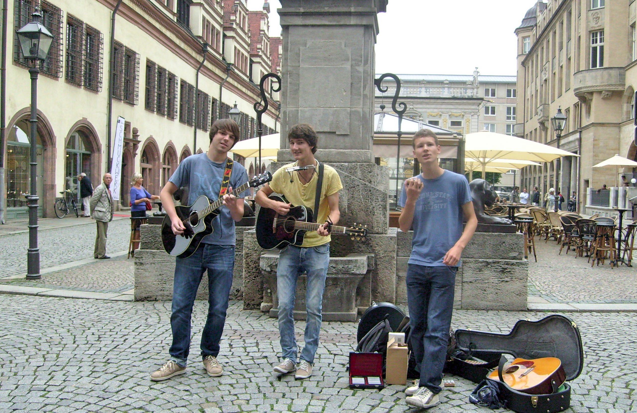 Foto der Singer-Songwriter-Band Strandheizung in Leipzig 2012.