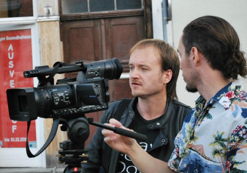 Foto vom Videodreh mit der Singer-Songwriter-Band Strandheizung in Erfurt im Oktober 2011