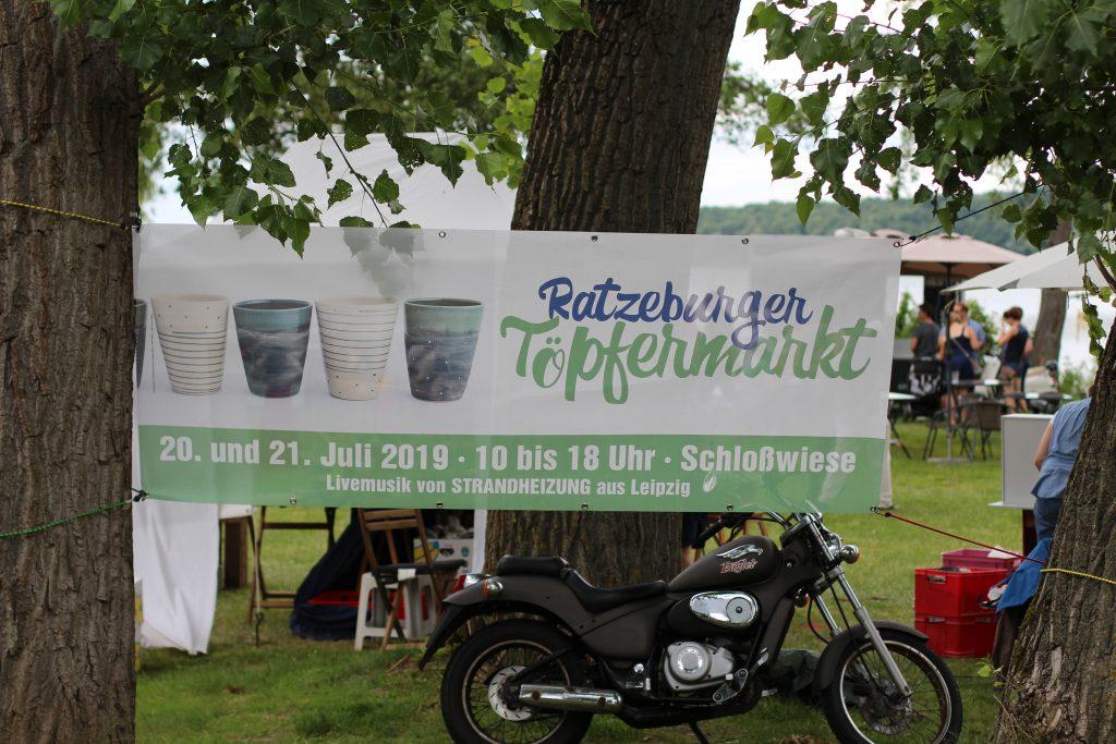 Foto des Banners des Töpfermarkts Ratzeburg 2019 mit Strandheizung.