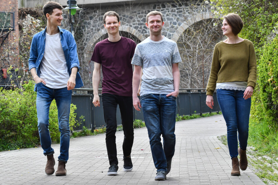 Promotionsfoto der Singer-Songwriter-Band Strandheizung von 2021. Foto: Jakob Reiche.